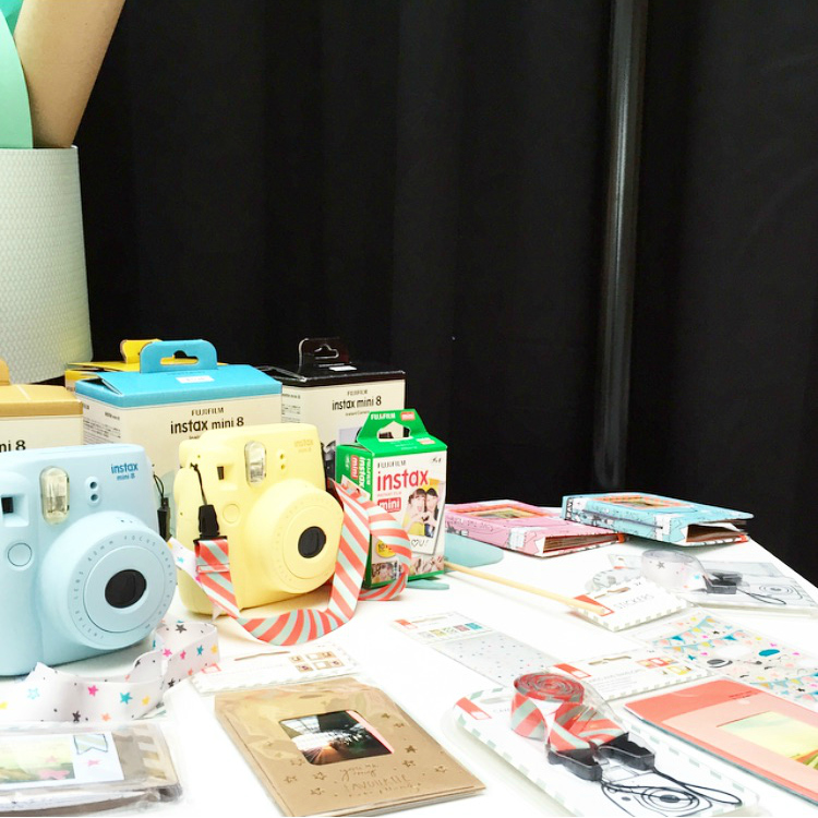hemapressday instax camera