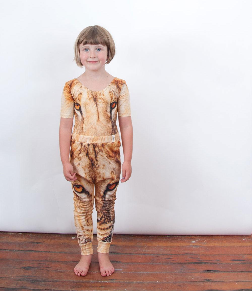 popupshop-ss15-meisje-leeuw