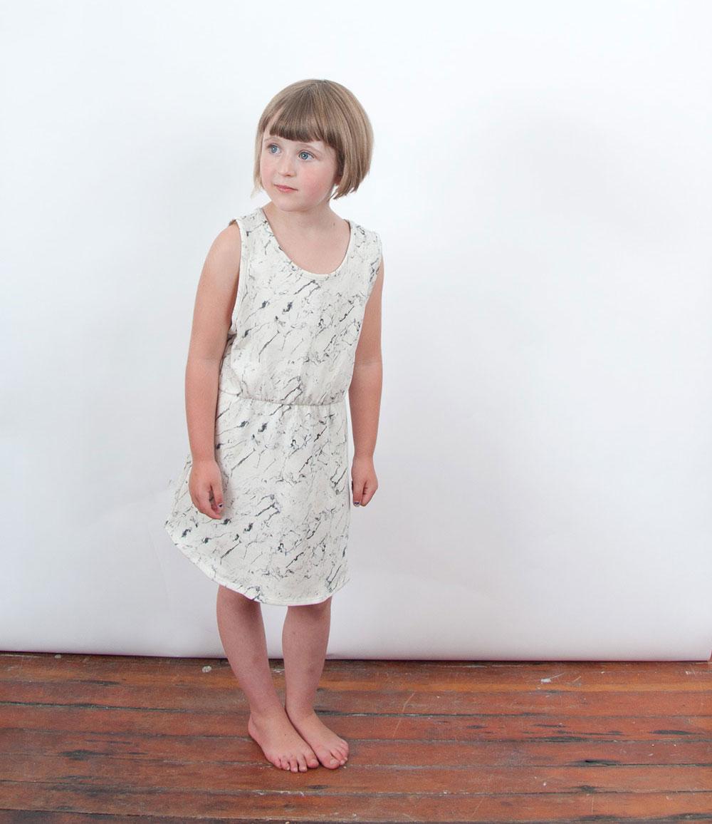 popupshop-ss15-meisje-marmer-jurkje