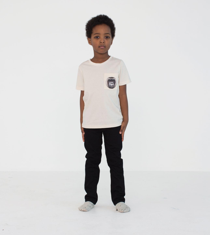 Popupshop AW15 Zwart broek wit shirt gorilla