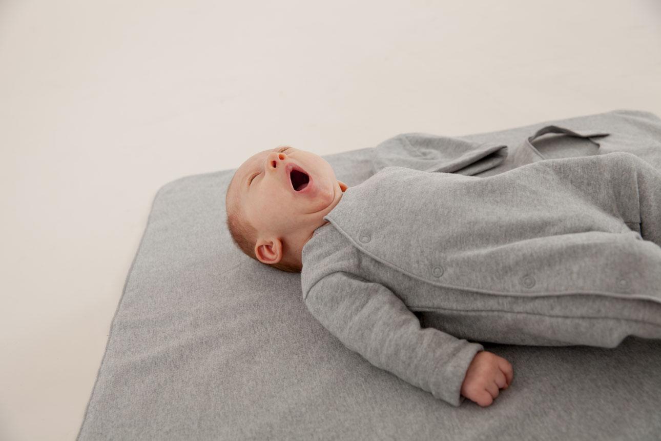 Gray Label Newborn Set baby grijs