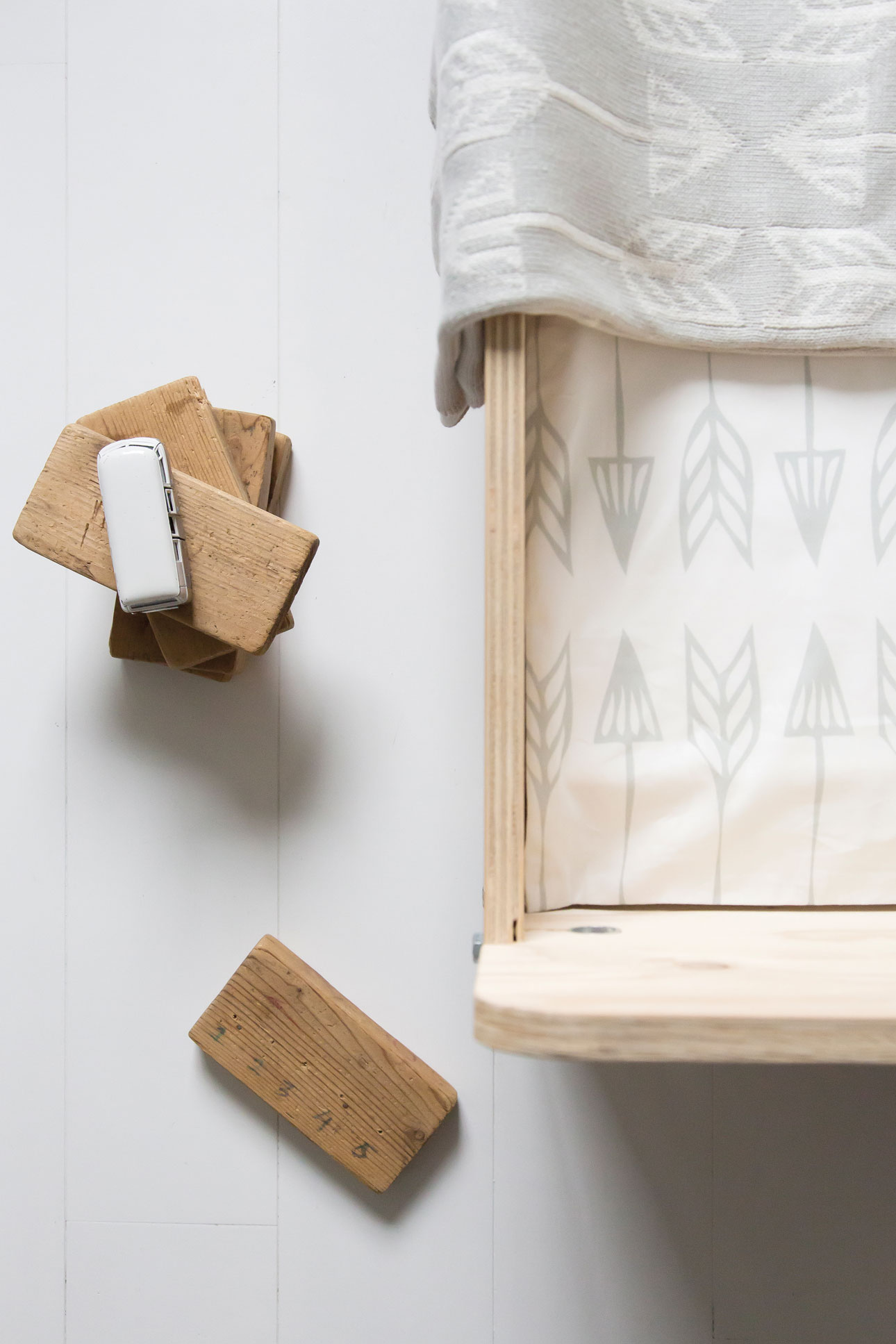 Roomblush mini bed