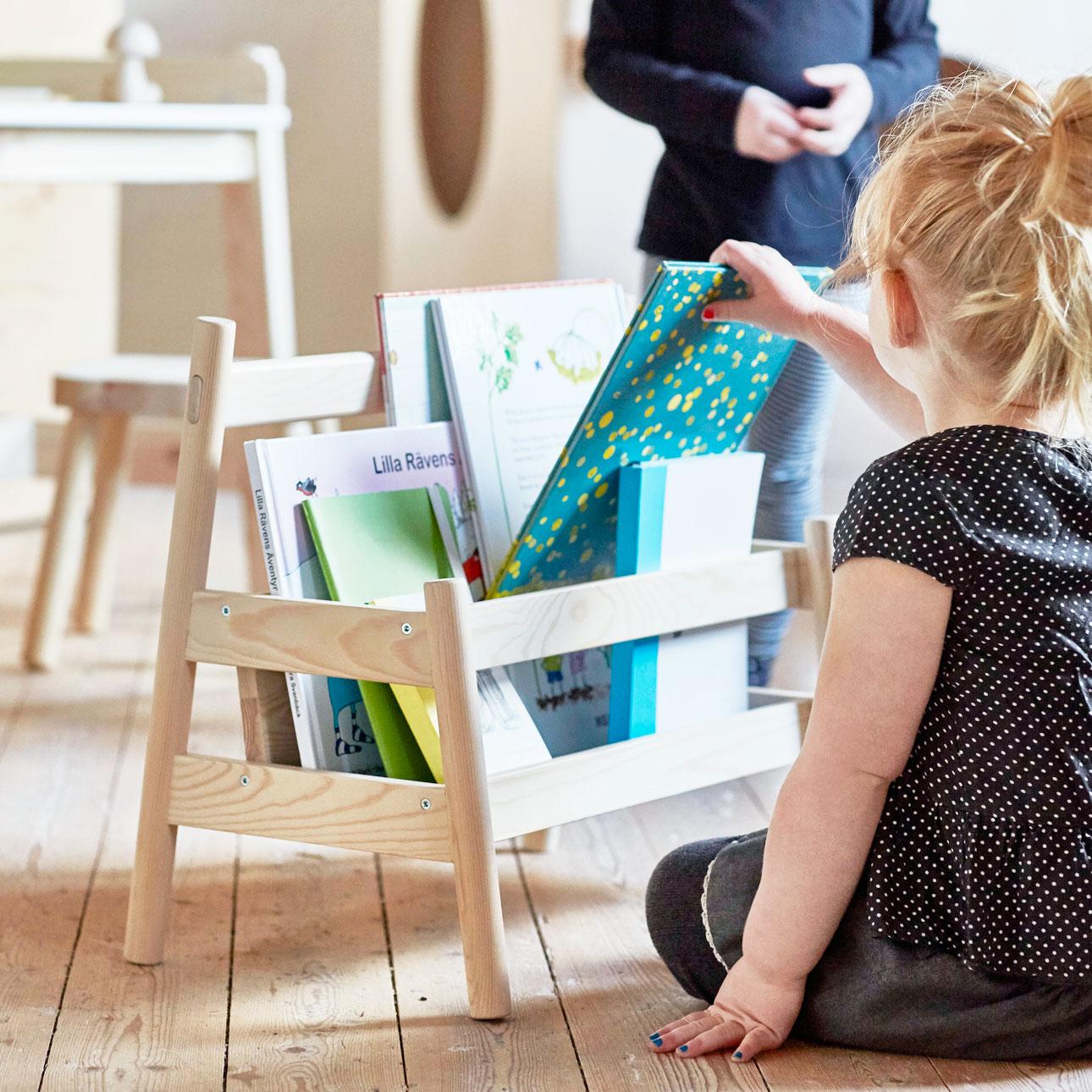 Ikea kinderland houten boekenbak