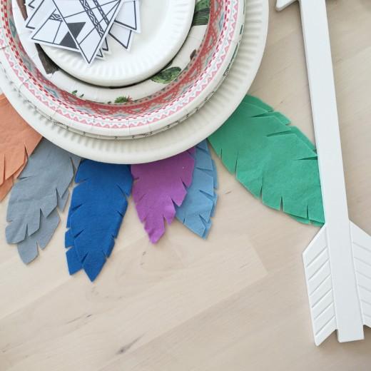 Indianen kinderfeestje pastel bordjes pijl