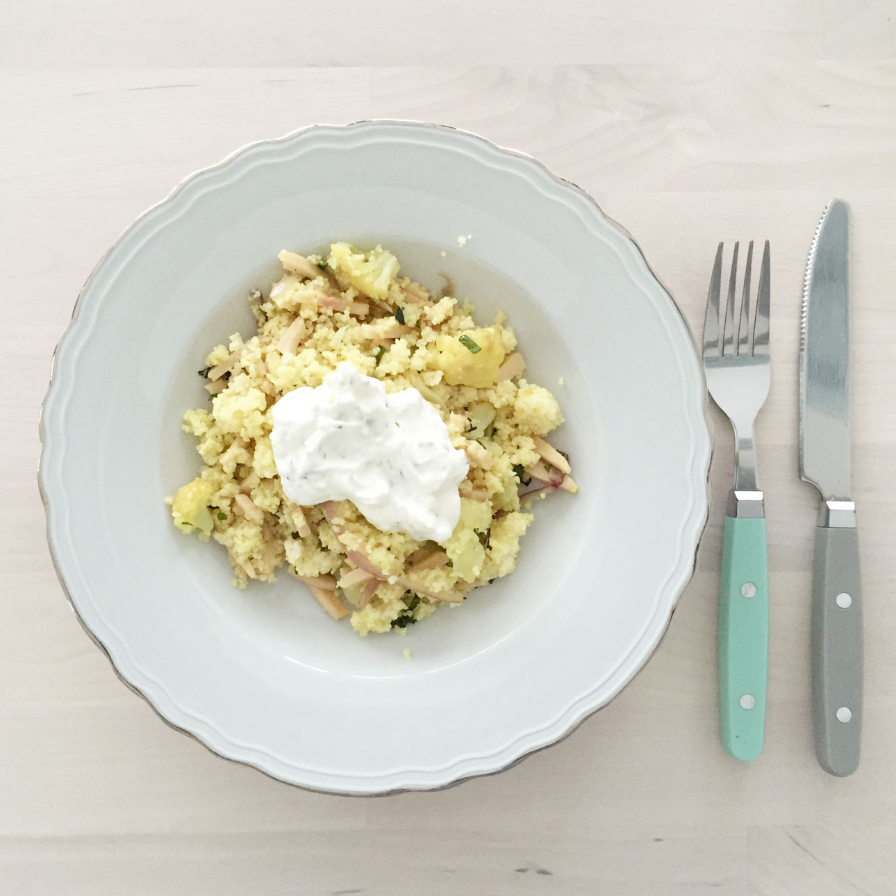 Recept couscous bloemkool kip yoghurt