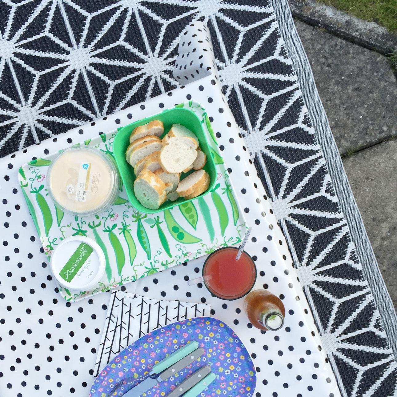 Mamalifestyle juni 2016 buiten eten