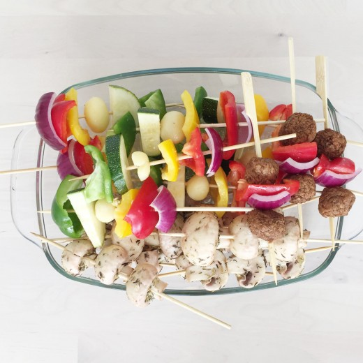 vegetarische bbq ideeen bijgerechten regenboogspies