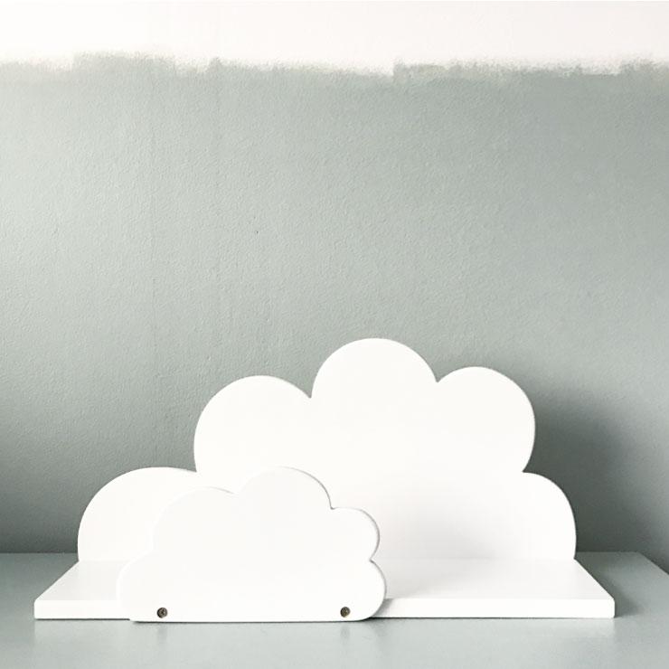 babykamer hoerababytwee wolken plank