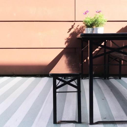 zwarte-beits-project-tuinset-zwart-verven