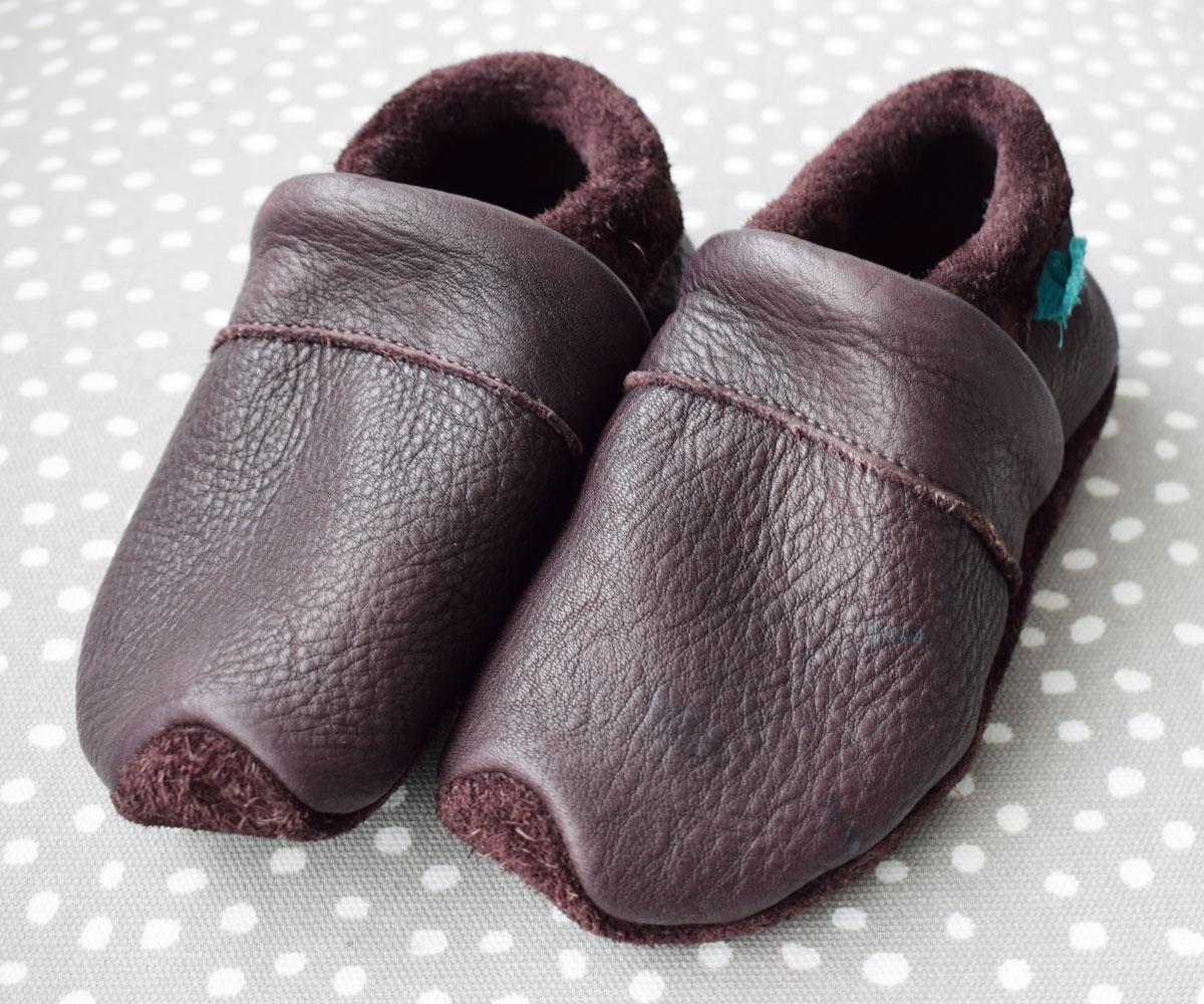 bruine leren sloffen lieblinge babyschuhe