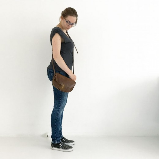 mamalifestyle simpele outfit favoriete jeans keecie bag