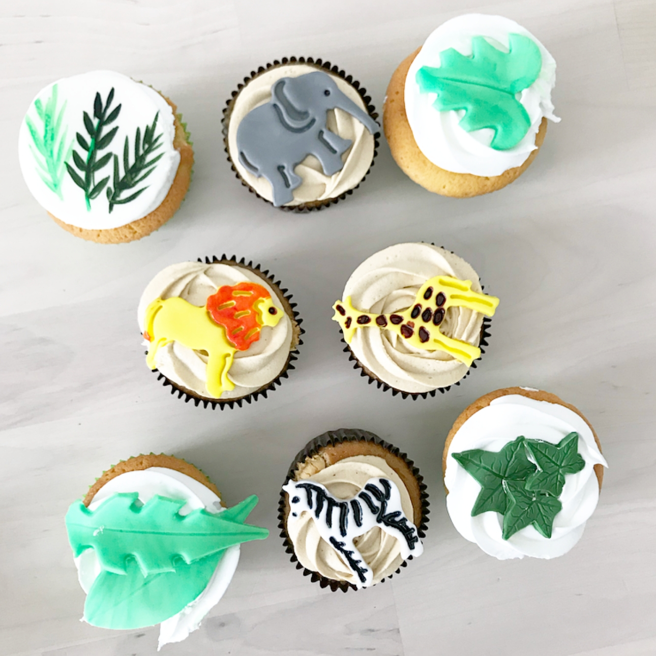 one wild year jungle party dieren cupcakes groen