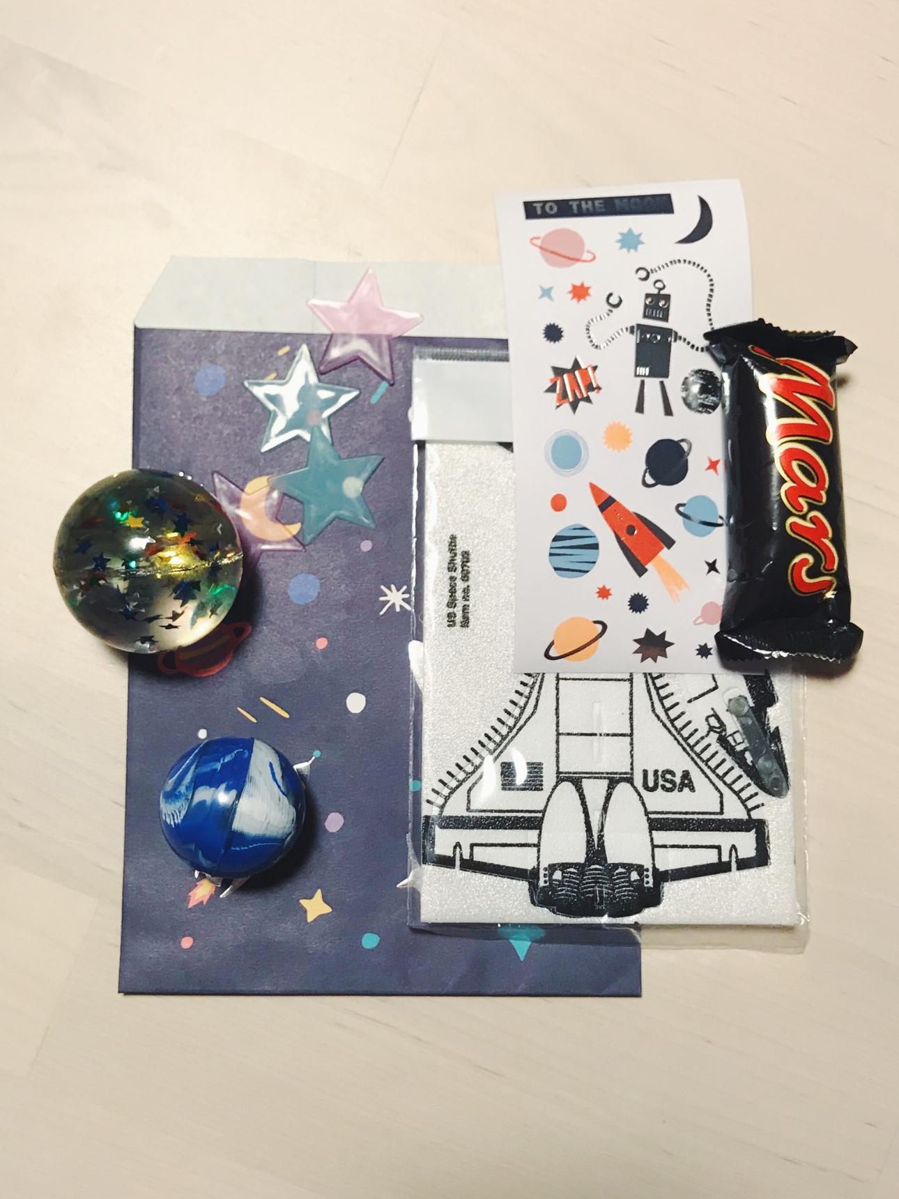 space party kinderfeestje cadeauzakje (1)