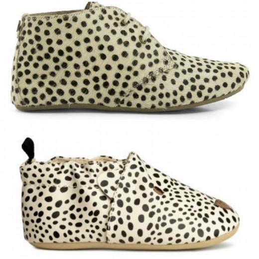 maruti en h&m stippen schoenen