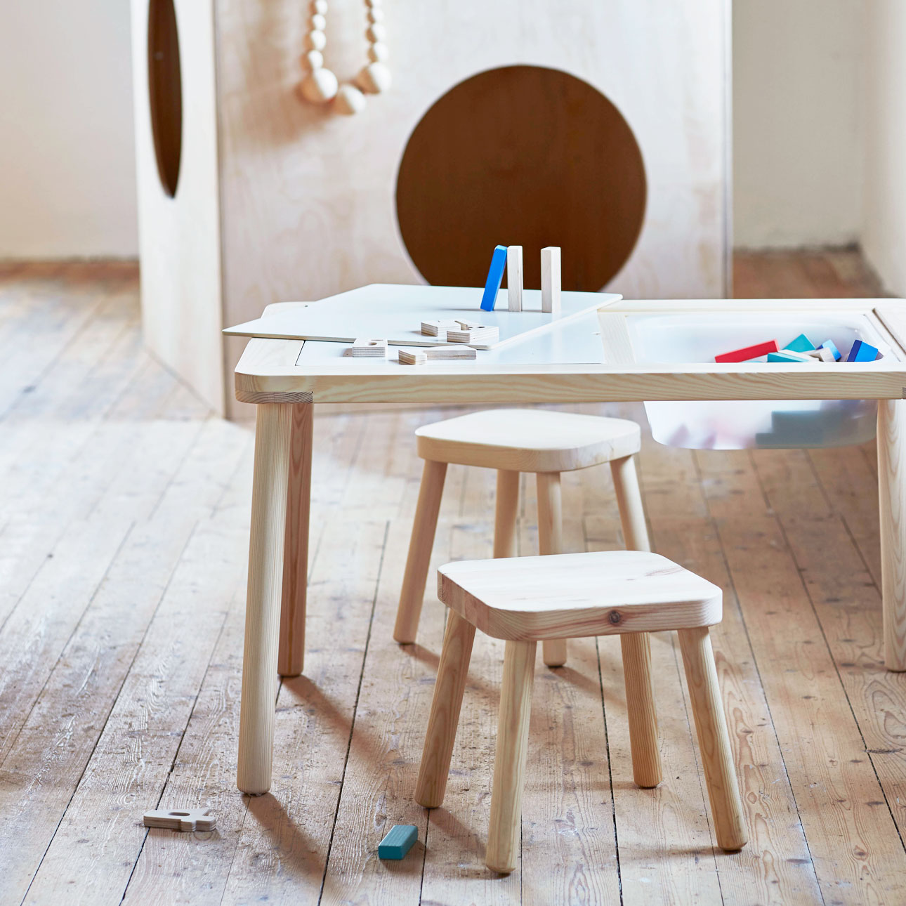 Ikea kinderland houten speeltafel