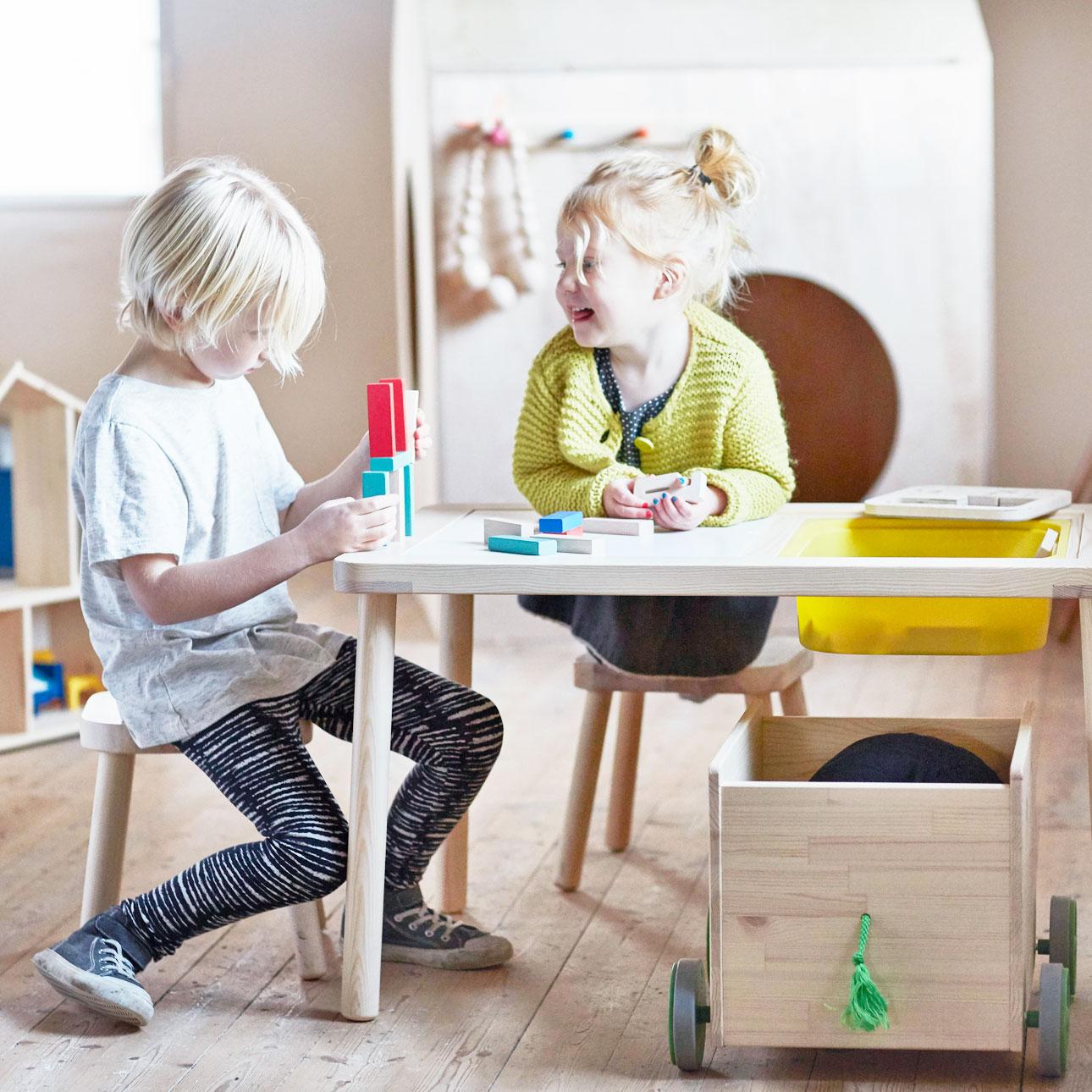 Ikea kinderland houten tafel