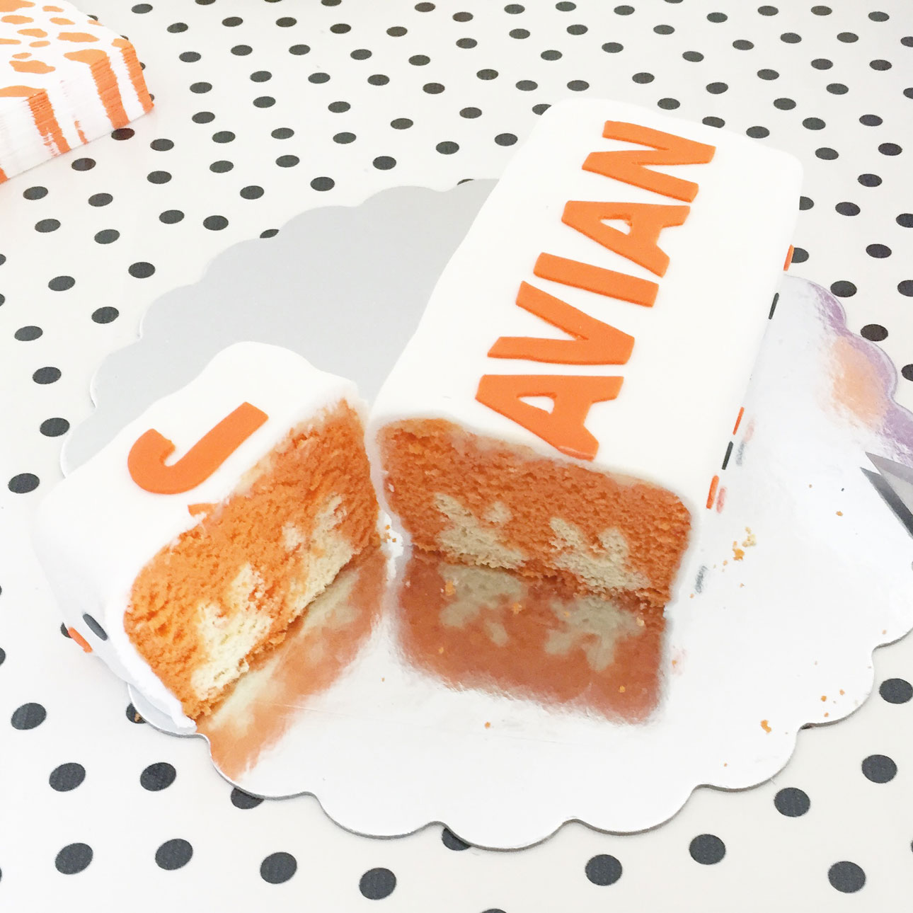 Nijntje verjaardag kiekeboe taart