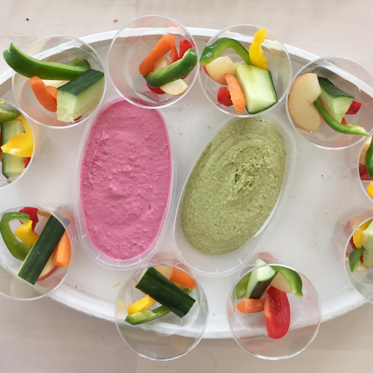 Indianen kinderfeestje groentedip humus