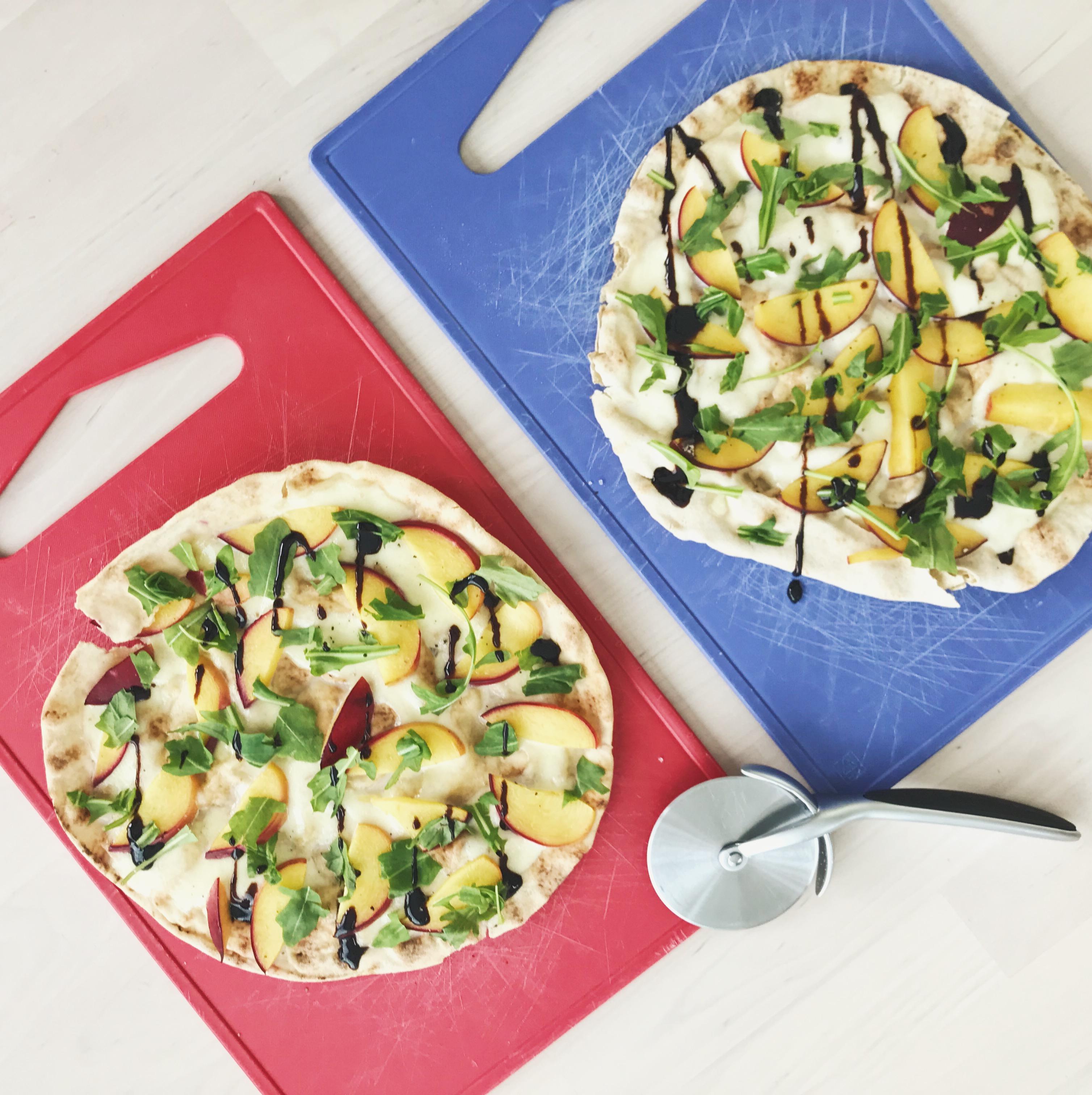 Flatbread - libanese wraps - nectarine mozzarella