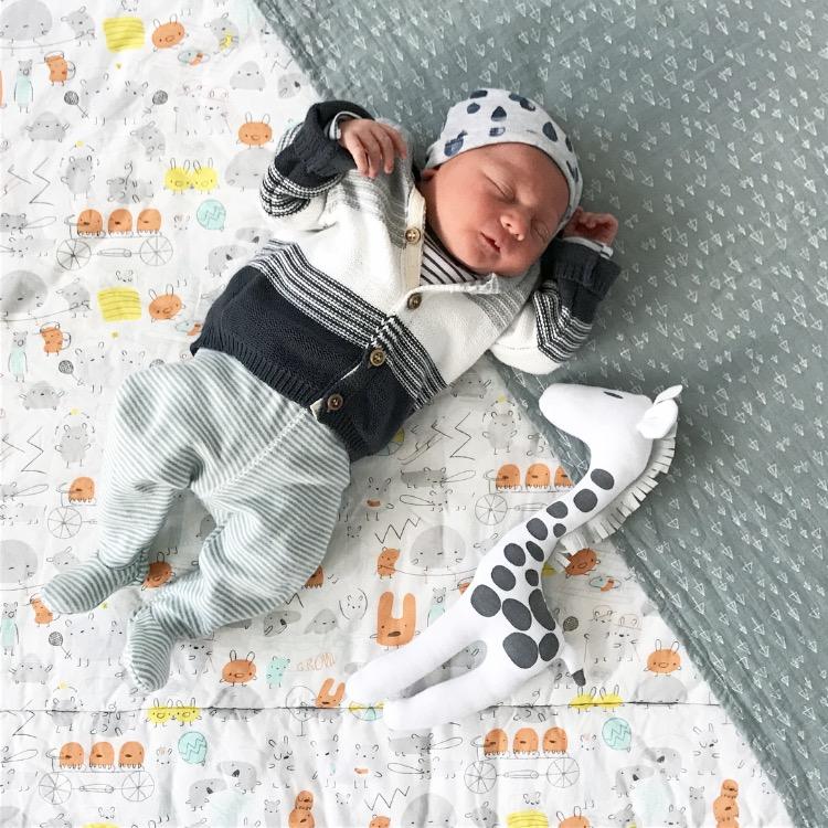 Senne Isaak Morris - foto geboortekaartje