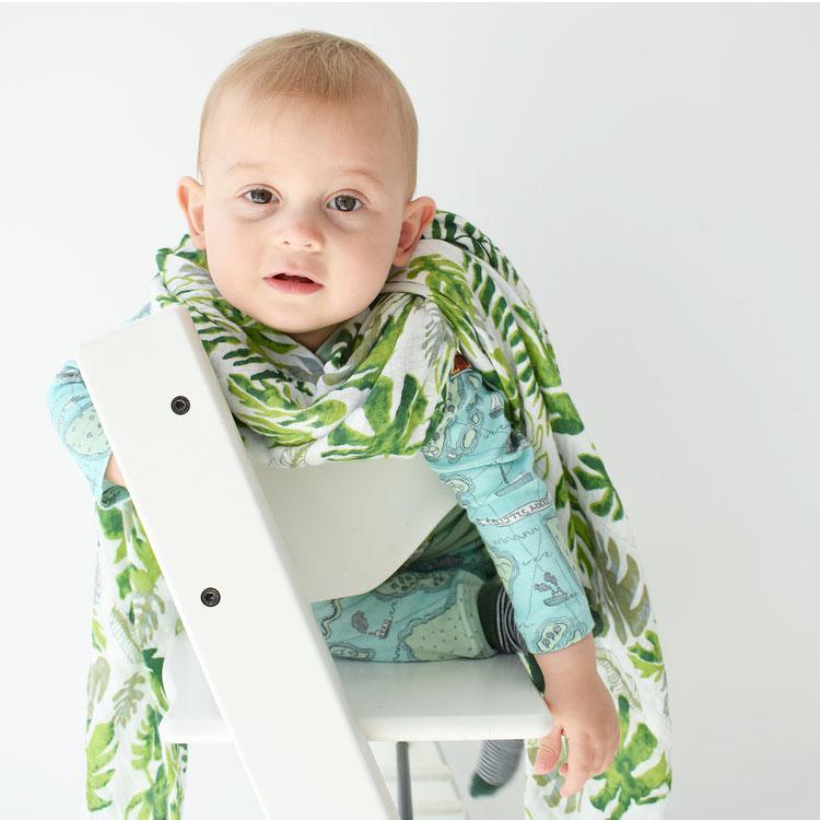 senne jarig verjaardagsoutfit botanic hydrofiel doek sjaal