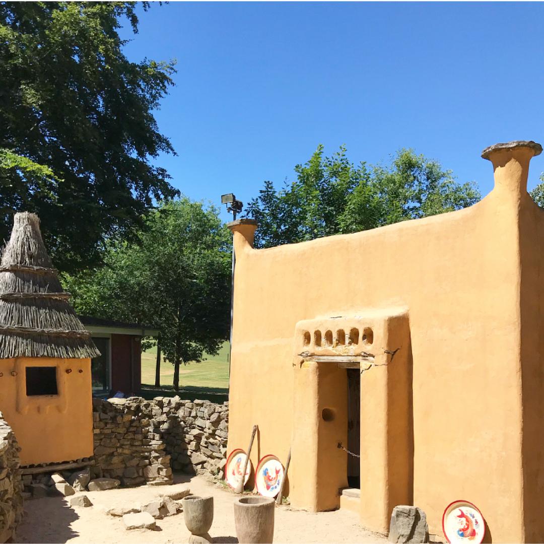 afrika museum stenen huis