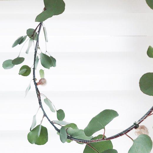 grote ring kerstkrans grote eucalyptus roze kerstballen