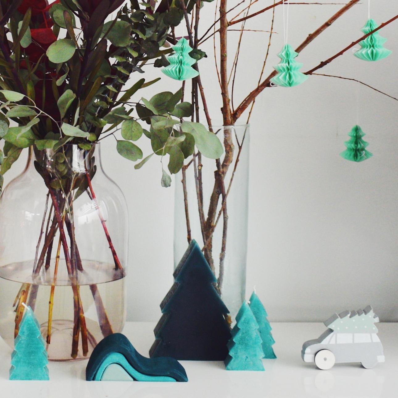kersthuis 2018 kerstboom kaarsen