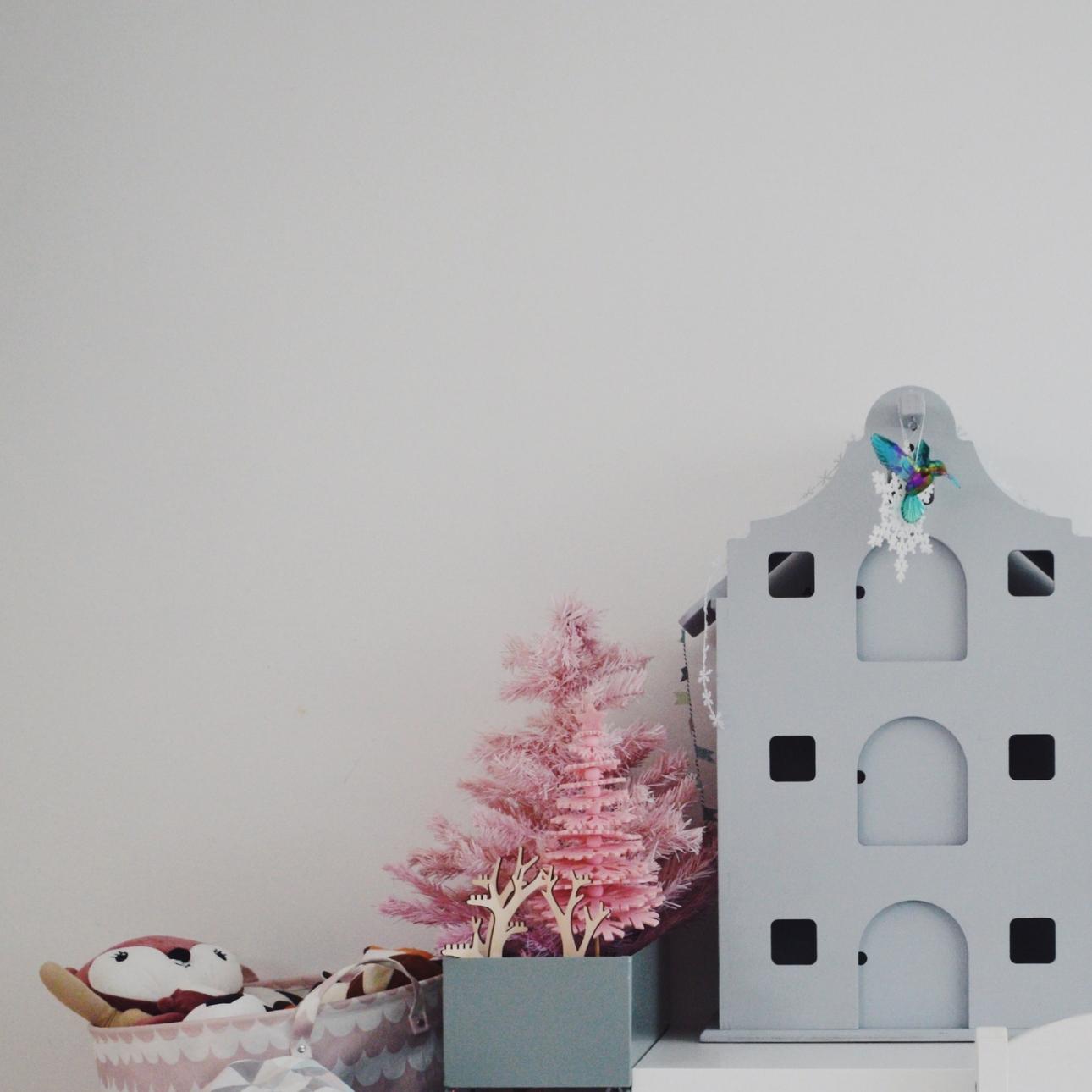 kersthuis 2018 roze kerstbomen pakhuis
