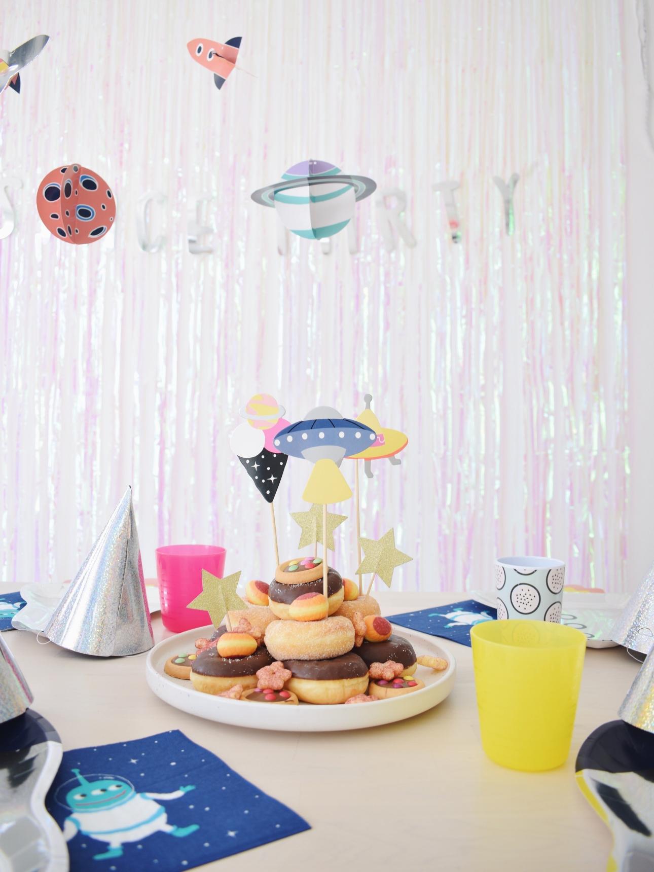 space party kinderfeestje donuttaart