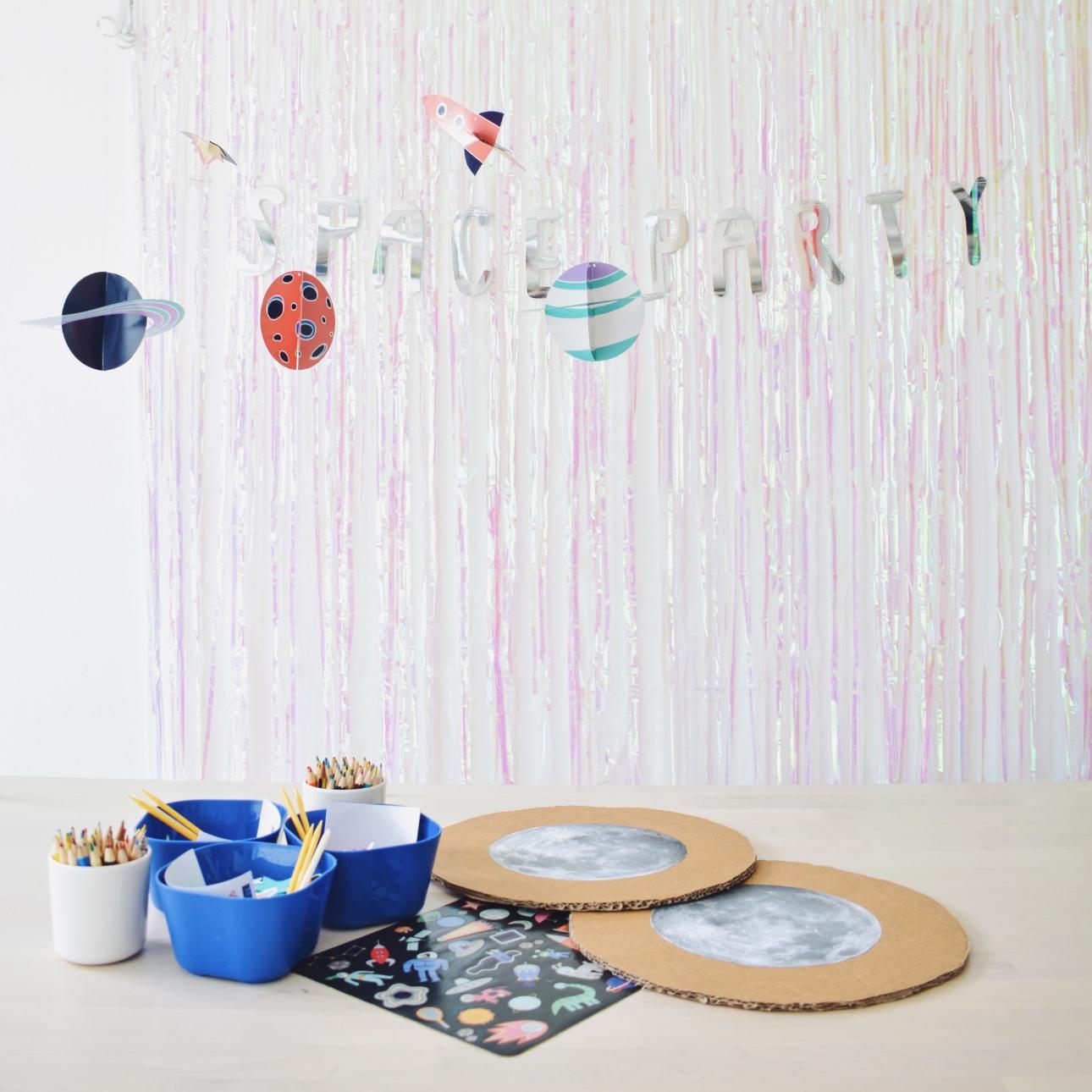 space party kinderfeestje kleuren maan versieren