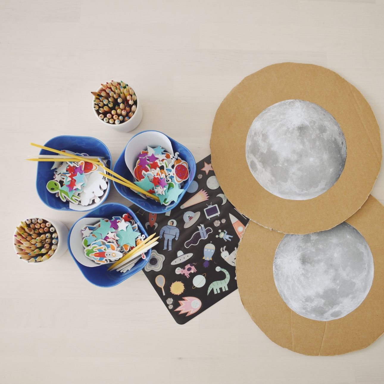 space party kinderfeestje maan versieren spullen