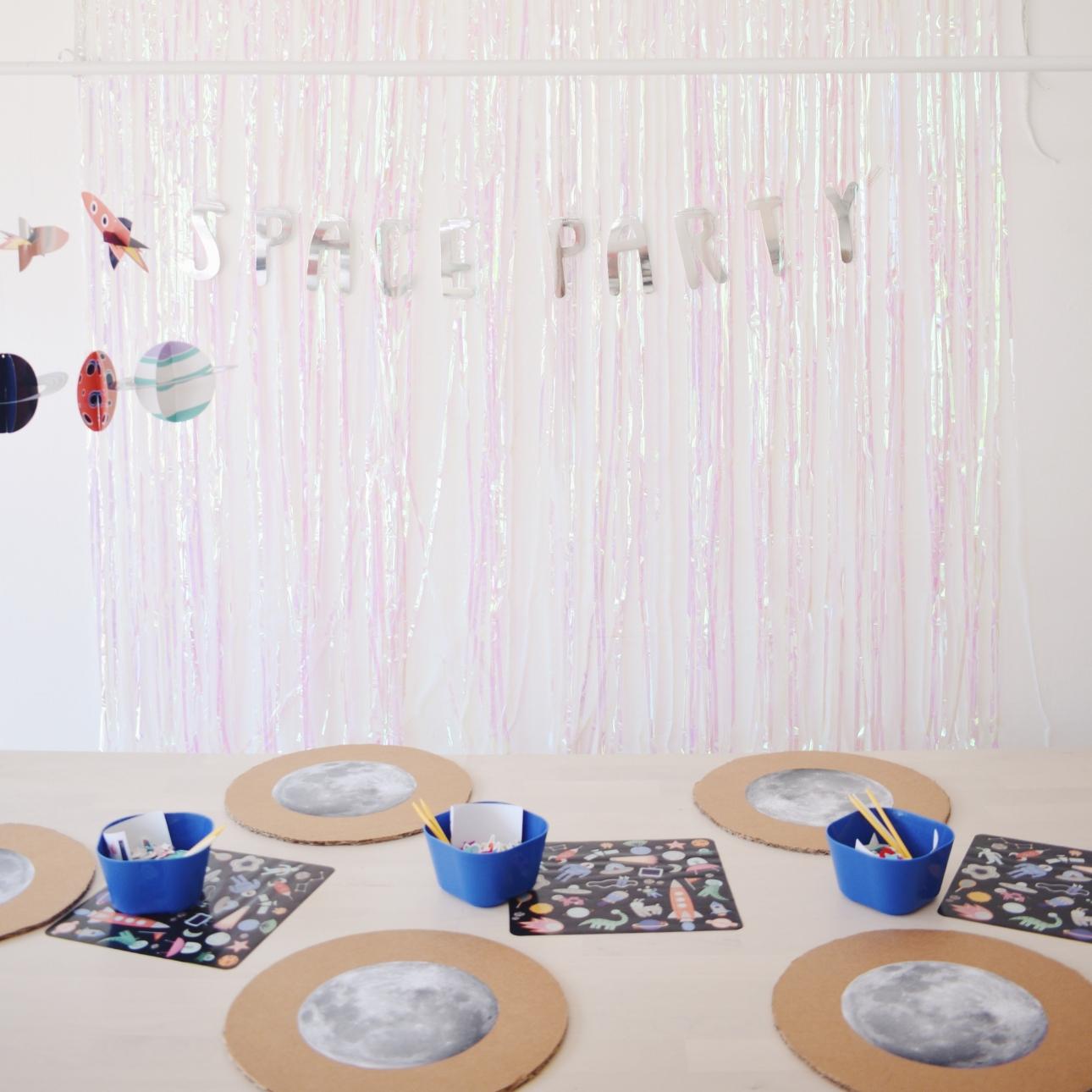 space party kinderfeestje maan versieren